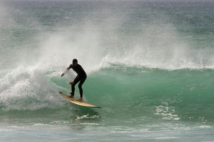 121-095137-surfing-green-sport-south-africa-2